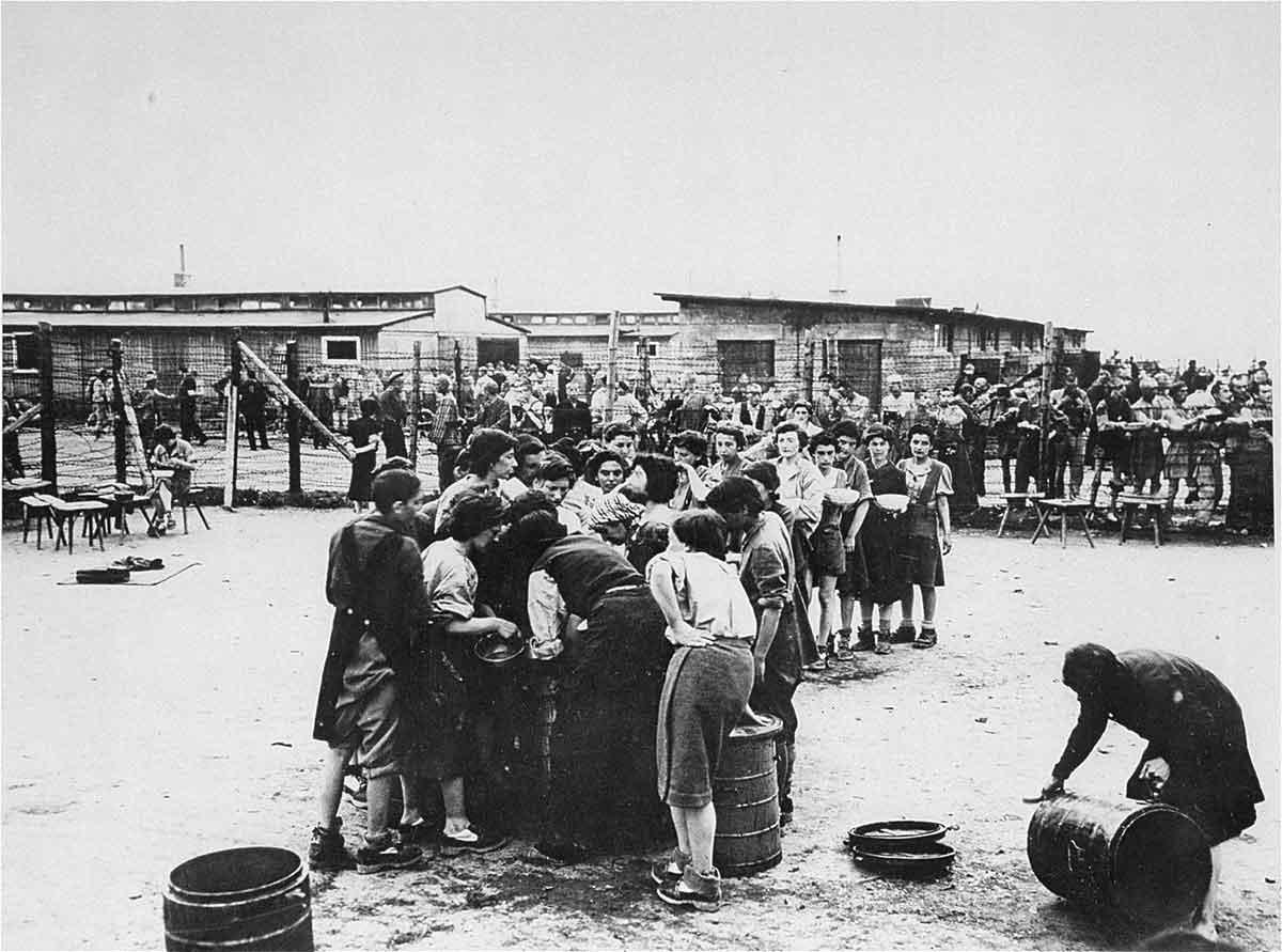 Mauthausen-liberazione-donne