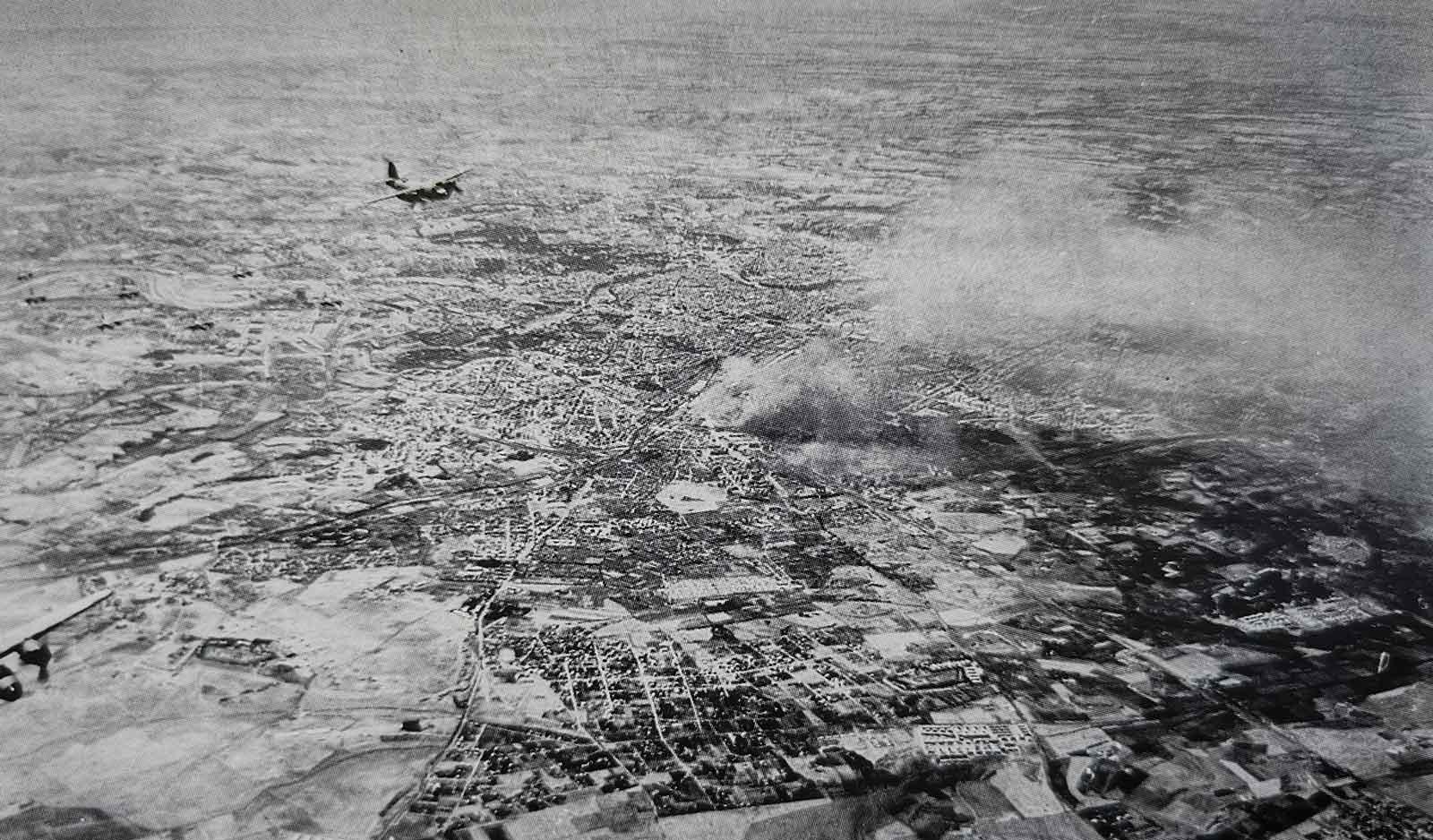 B-26 in volo sulla capitale