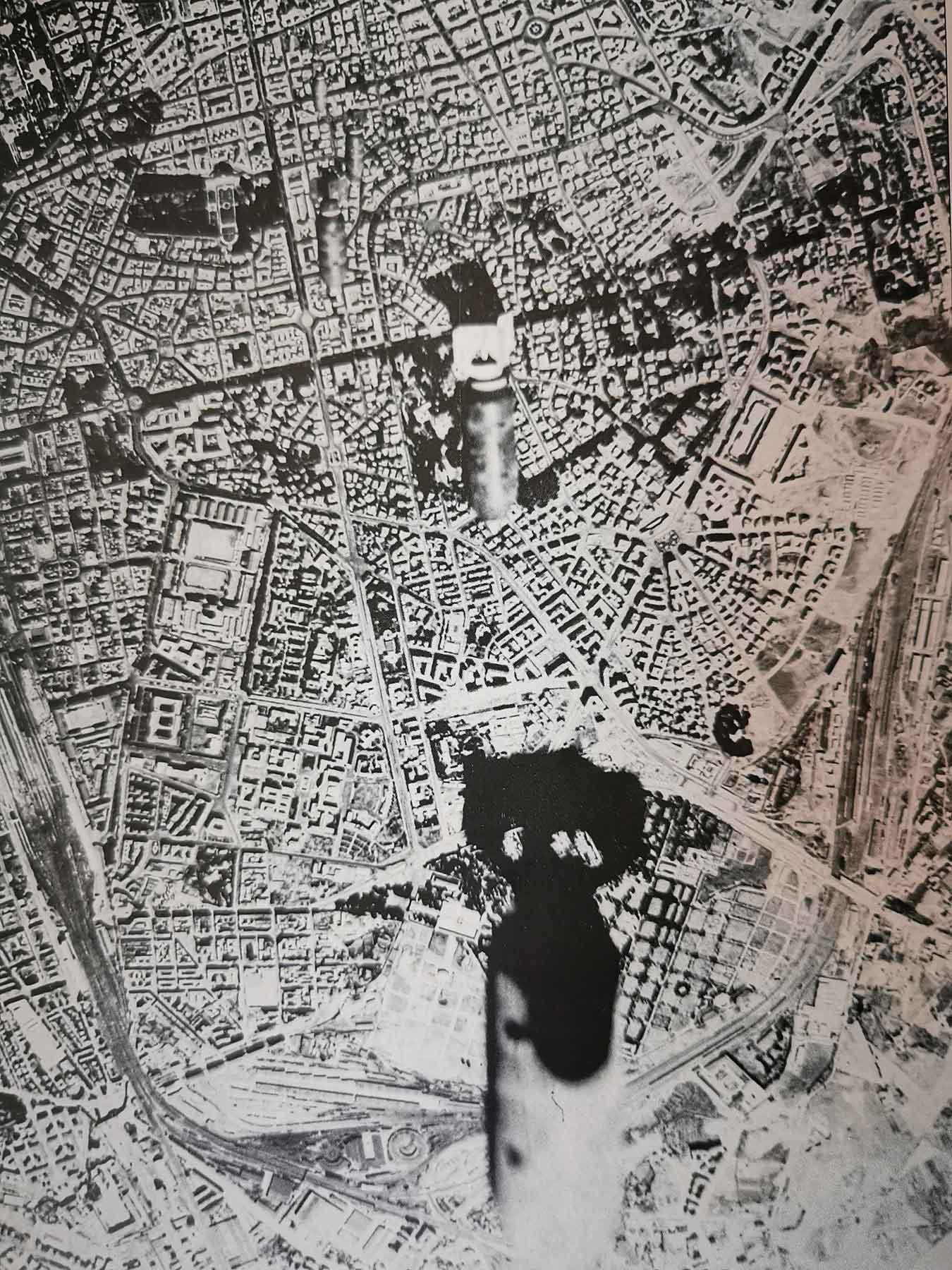 Bombe in picchiata sull'area dello scalo ferroviario, 19 luglio 1943