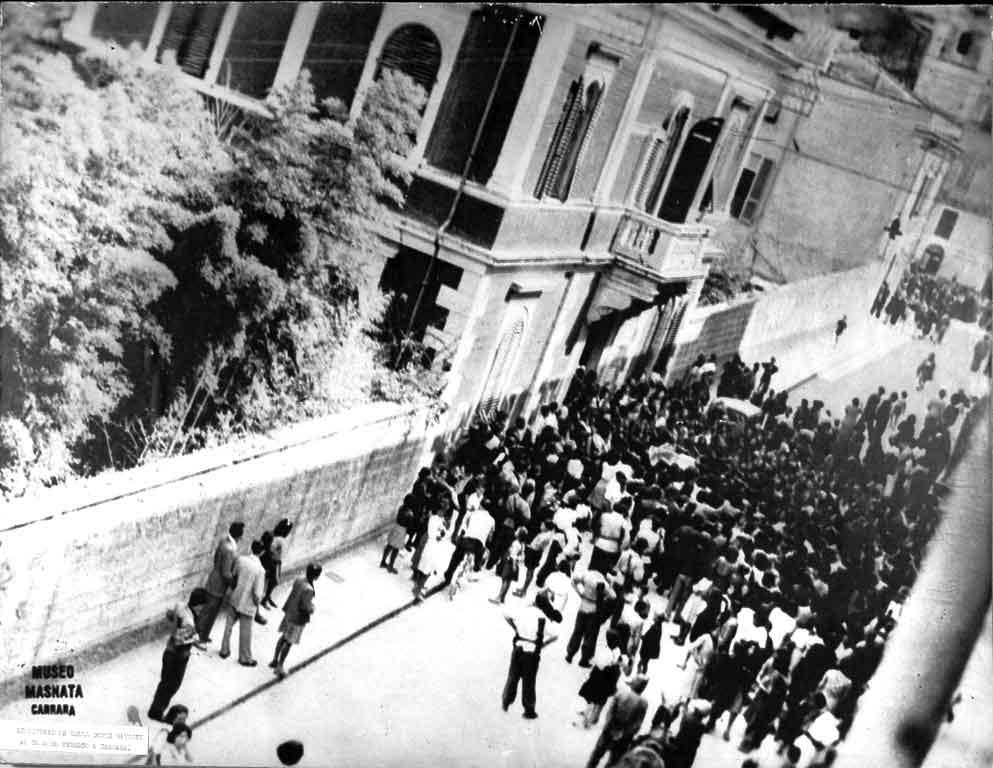 manifestazione-dell11-luglio-1944-davanti-al-comando-tedesco