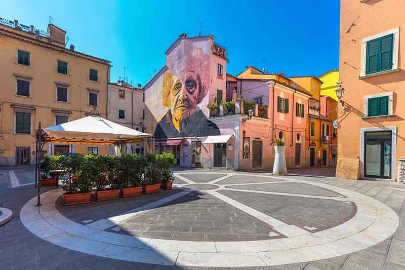 Piazza delle Erbe, Carrara